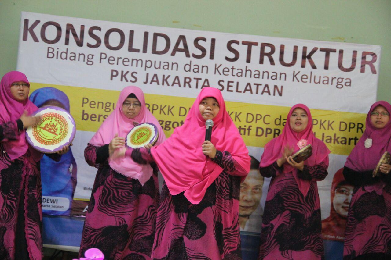 Lenong dan Qasidah Meriahkan Acara Konsolidasi Bidang Perempuan Se-Jakarta Selatan