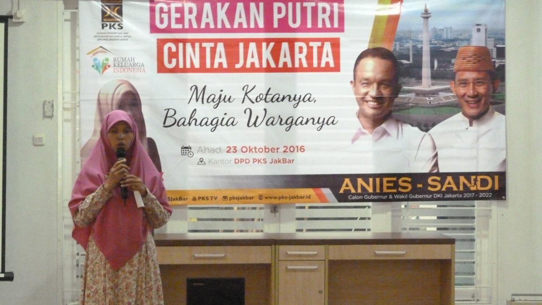 FOTO – BPKK PKS Jakarta Barat Selenggarakan Gerakan Putri Cinta Jakarta