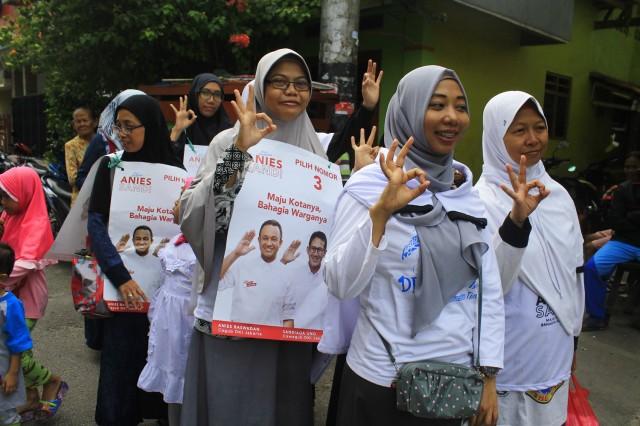 Persiapan Para Kader DPRa Harapan Mulya untuk melakukan kunjungan ke rumah warga dalam rangka pelayanan kesehatan. Muly