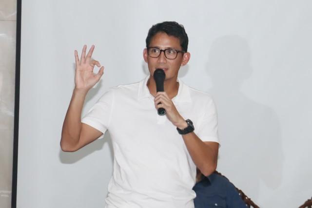 """""""Tiga modal utama untuk sukses: Yakin, Syukur & Berdoa"""", adalah pesan yang disampaikan Sandiaga Uno kepada peserta pelatihan OK OCE (14/04/2017)."""