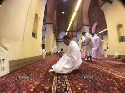 Ambil Miqat di Masjid Bir Ali, Anies Memulai Ibadah Umrah