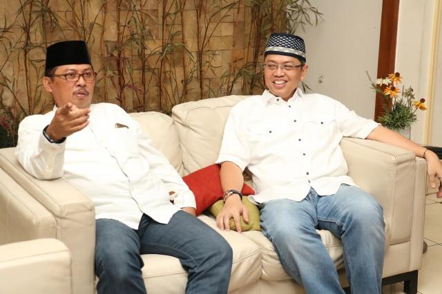Bukber Bang Sani bersama RT RW Lurah Camat dan Walikota Jaksel_18 Juni 2017_Vivi (1)