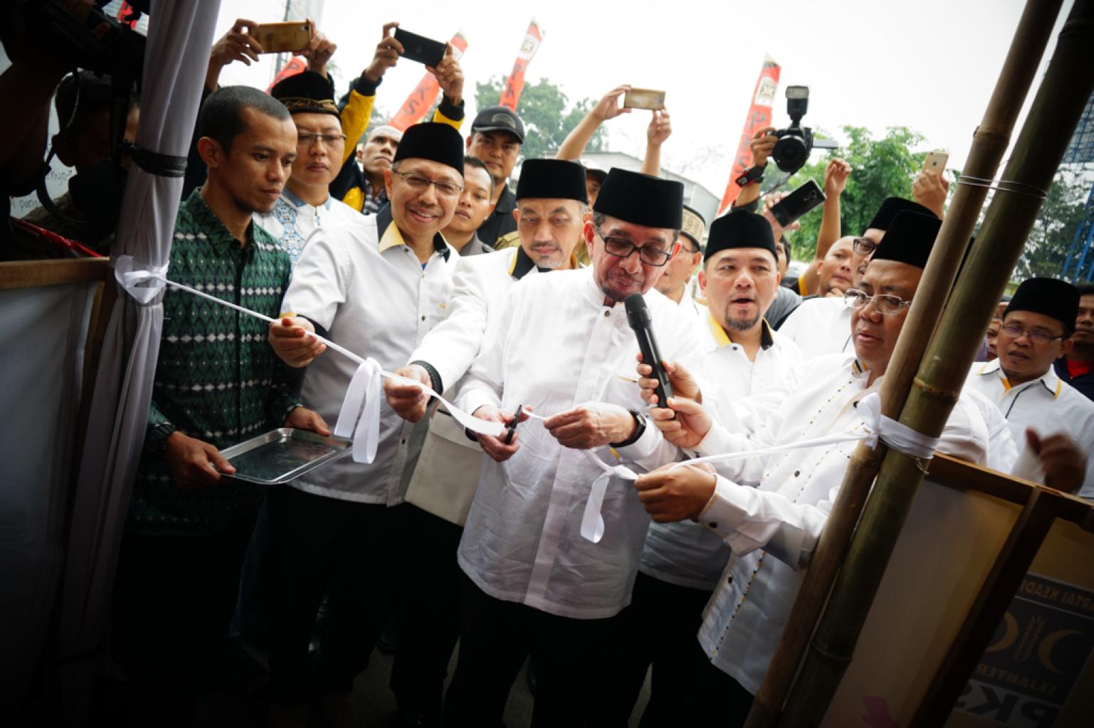 FOTO – PKS Luncurkan 100 Posko Mudik Ramah Keluarga