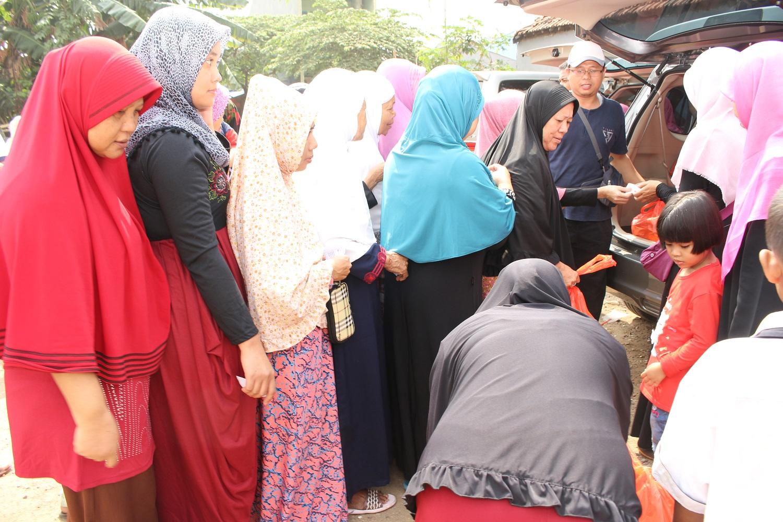 Penyuluhan  Kesehatan Dan Bazar Sembako Murah oleh RKI Kembangan Jakbar_04062017 (14)