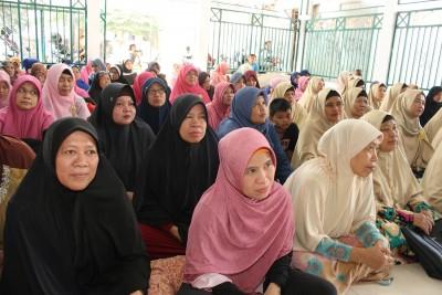 Penyuluhan  Kesehatan Dan Bazar Sembako Murah oleh RKI Kembangan Jakbar_04062017 (3)