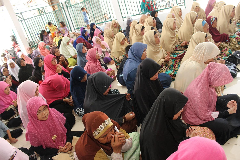 Penyuluhan  Kesehatan Dan Bazar Sembako Murah oleh RKI Kembangan Jakbar_04062017 (6)
