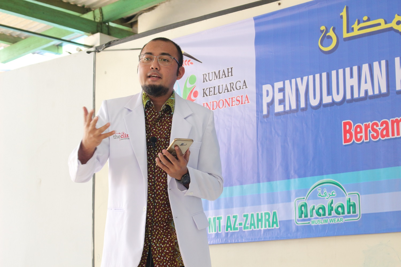Penyuluhan  Kesehatan Dan Bazar Sembako Murah oleh RKI Kembangan Jakbar_04062017 (8)