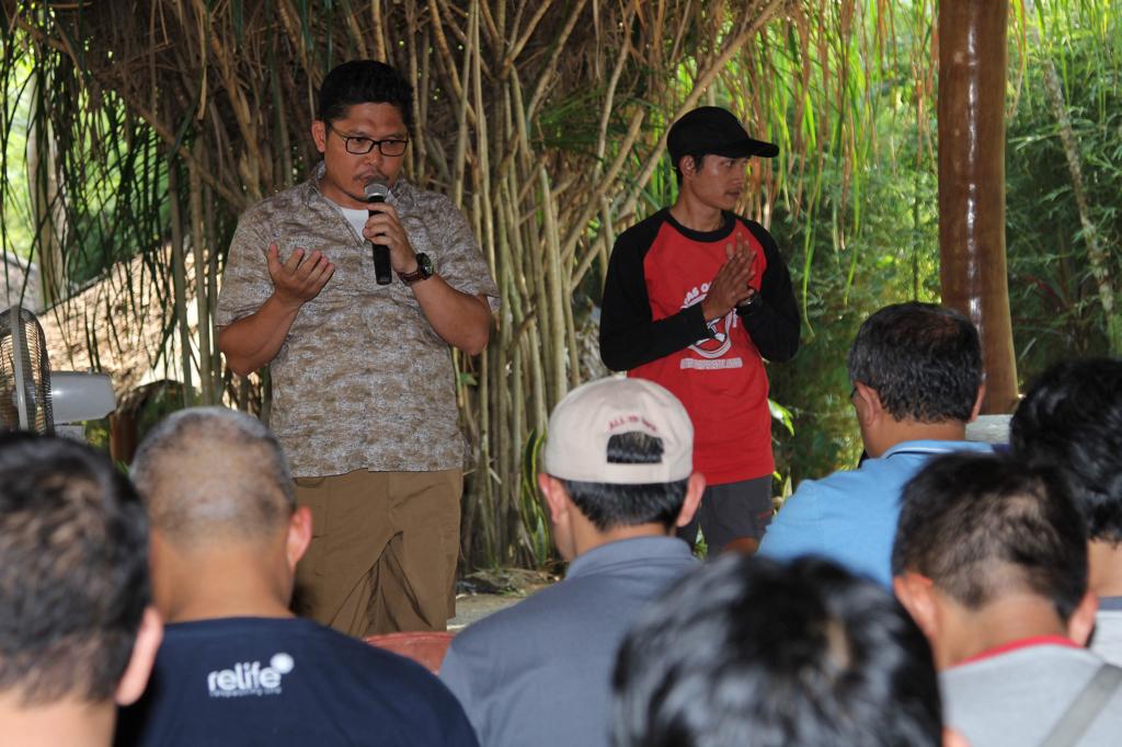 PKS Jakarta Selatan memelihara Kekompakan pengurus dengan kegaitan outing_05-060817_Juliyantopetir 2